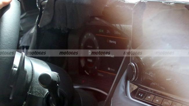 Nissan Qashqai 2021 - foto espía interior