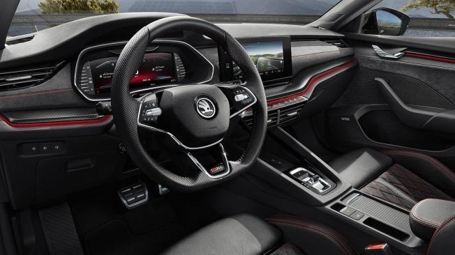 Skoda Octavia RS iV - interior