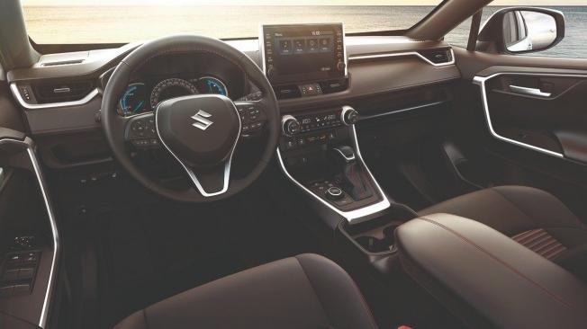 Suzuki Across - interior