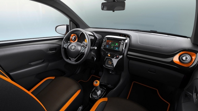 Toyota Aygo 2020 - interior