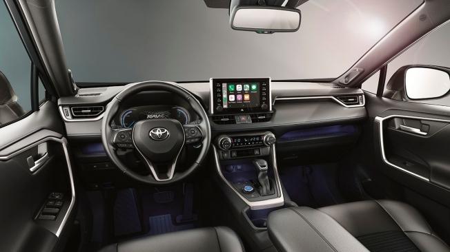 Toyota RAV4 Hybrid Black Edition - interior