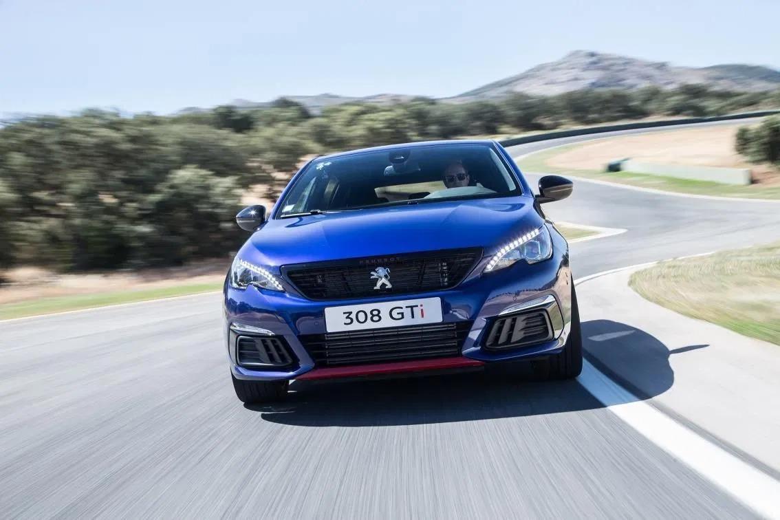Peugeot adelanta el cese de producción del 308 GTI a noviembre