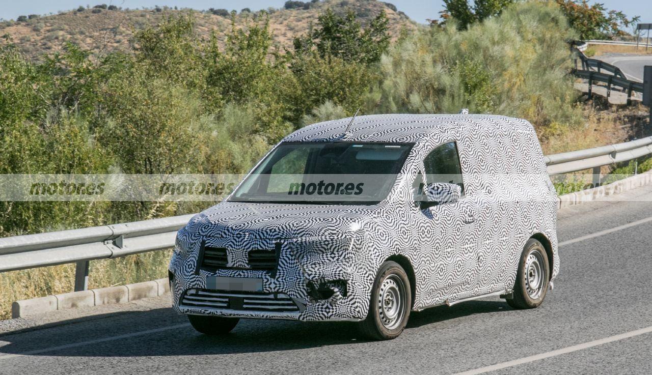 El nuevo Renault Kangoo 2021 pierde camuflaje, ¡más detalles al descubierto!
