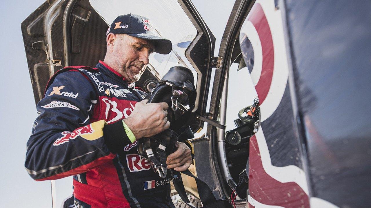 Stéphane Peterhansel renuncia a disputar el Dakar 2021 con su mujer