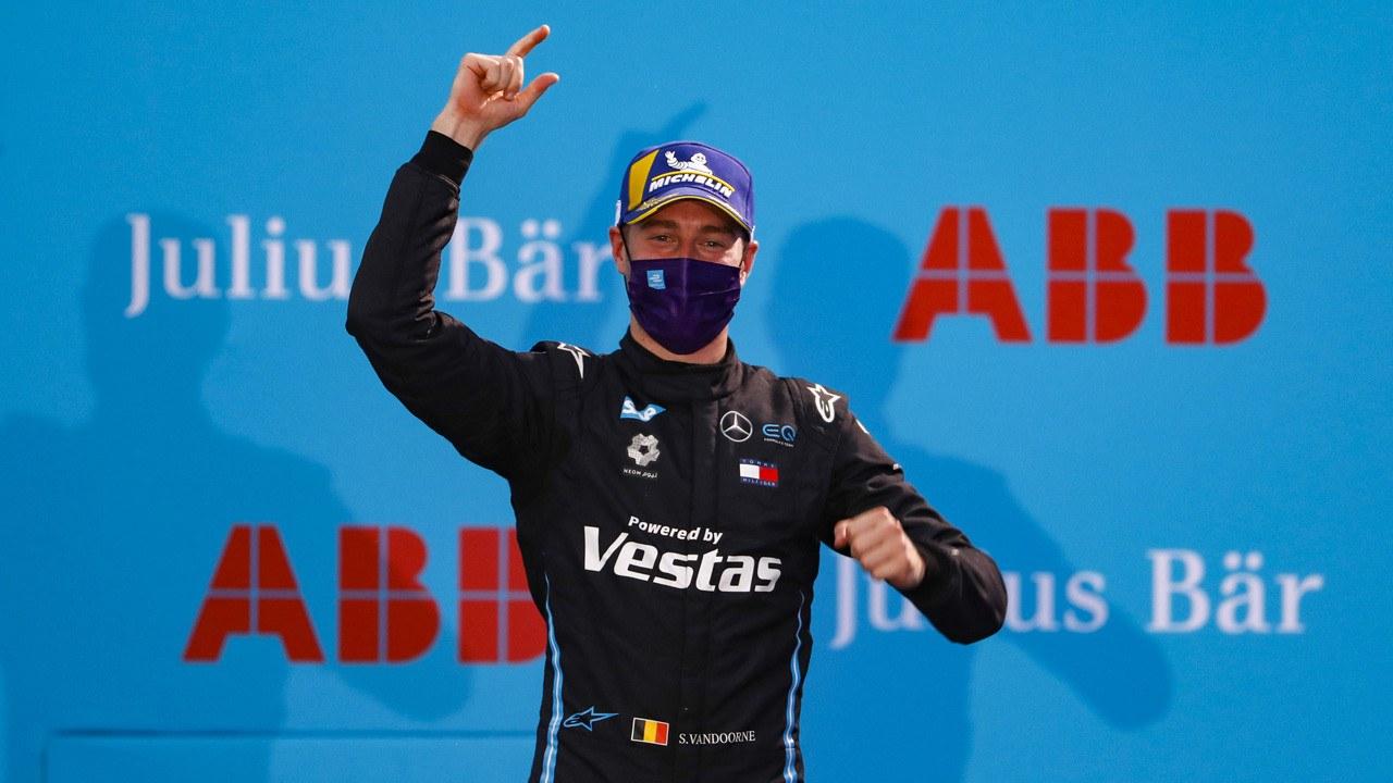 Stoffel Vandoorne: «Mercedes elevará su listón en la Fórmula E»