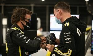 Ocon cuenta cómo contribuye Alonso a mejorar el Renault RS20 de este año