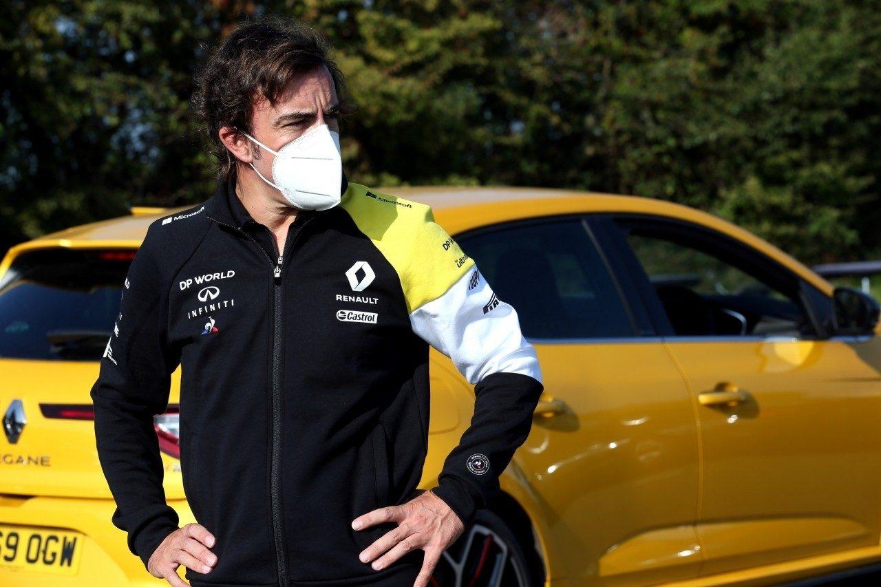 Alonso, ante su primer test con Renault: «Va a ser como un nuevo comienzo»