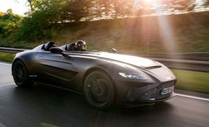 El primer ejemplar del radical Aston Martin V12 Speedster ya rueda en la calle