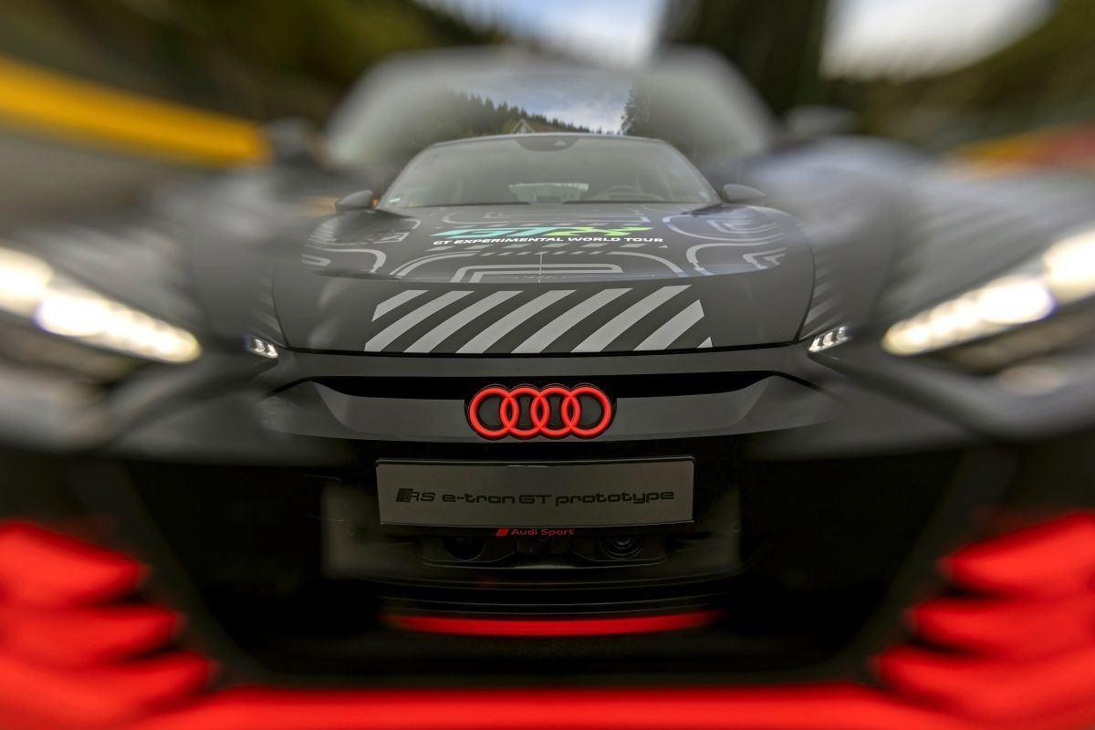 Audi adelanta el RS e-tron GT prototype, la versión más prestacional del nuevo eléctrico