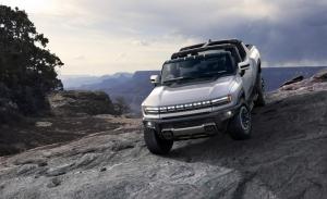 El nuevo GMC Hummer EV frente a los pick-ups eléctricos más avanzados