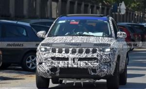 El Jeep Compass Facelift 2022 pierde camuflaje en estas nuevas fotos espía