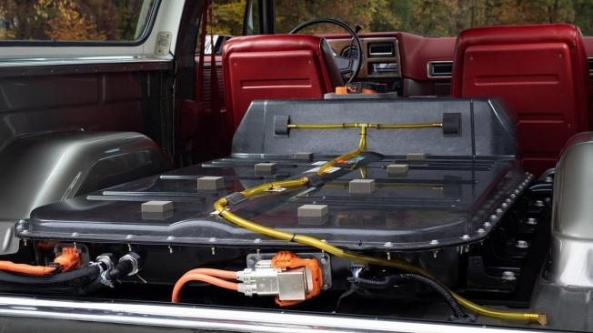 Chevrolet K5 Blazer-E Concept - batería