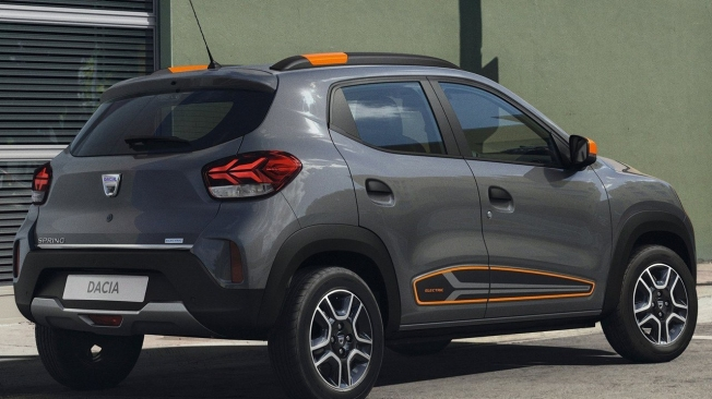 Dacia Spring - posterior