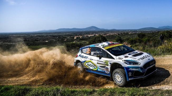 Dani Sordo arranca con fuerza y es líder del Rally de Italia-Cerdeña