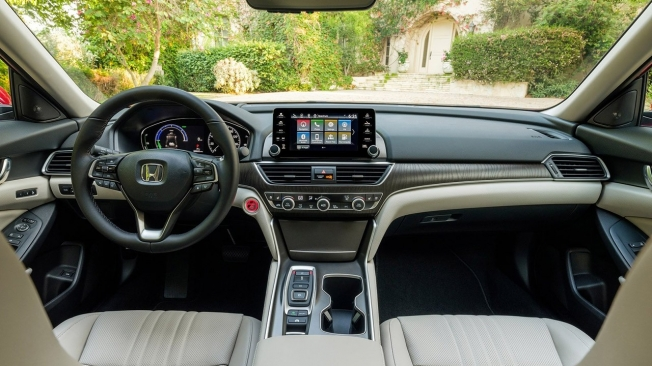 Honda Accord 2021 - interior