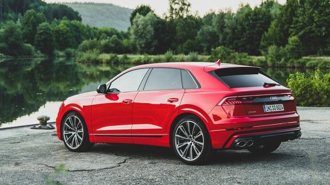 Audi SQ8 TFSI - posterior