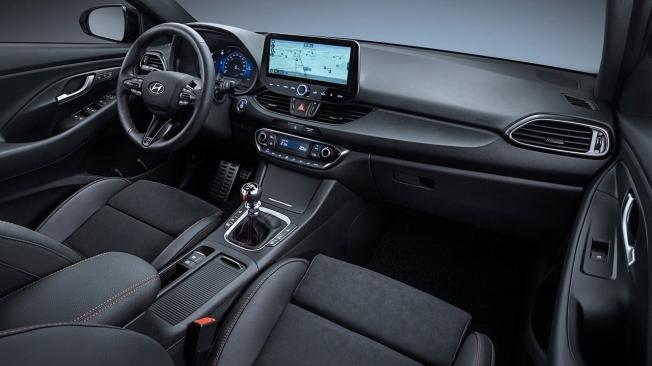 Hyundai i30 2021 - interior
