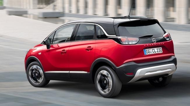 Opel Crossland 2021 - posterior