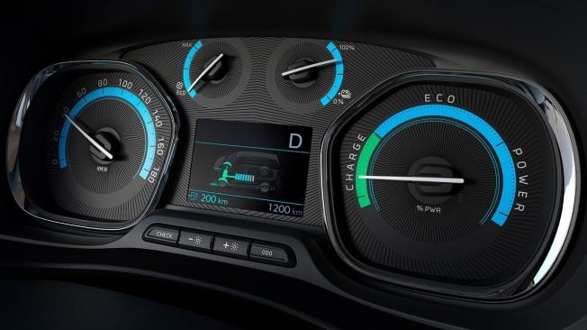 Peugeot e-Traveller - interior
