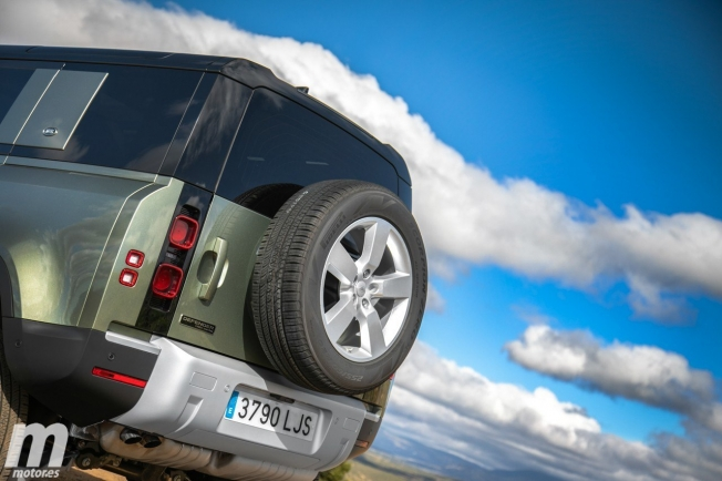 Prueba Land Rover 110 SD4 240 AWD, macho alfa 2