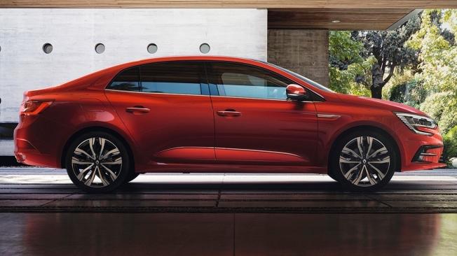 Renault Mégane Sedán 2021 - lateral