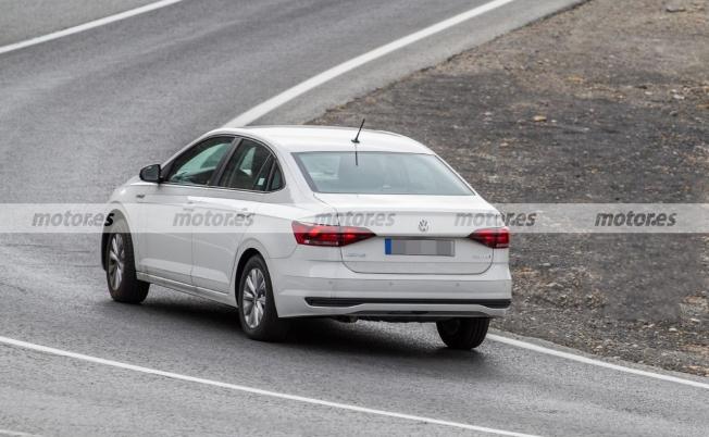 Volkswagen Virtus 2021 - foto espía posterior