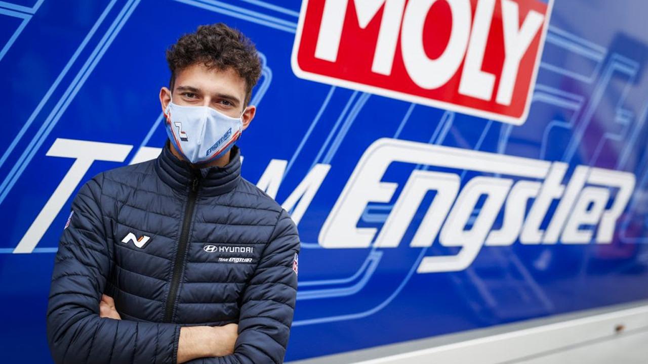 Nico Gruber pilotará el Hyundai i30 N TCR de Nicky Catsburg en Hungría