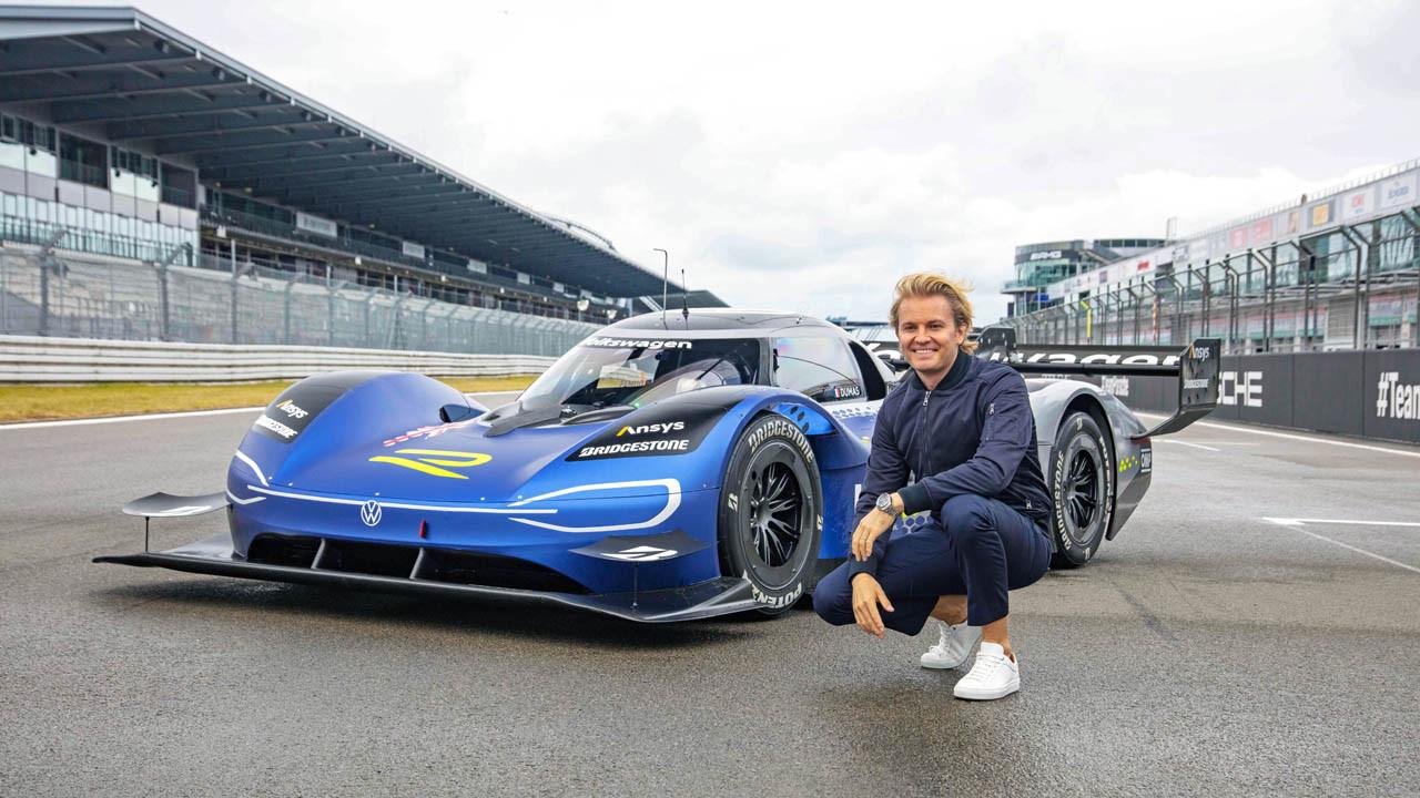 Nico Rosberg prueba el Volkswagen ID.R en el circuito de Nürburgring