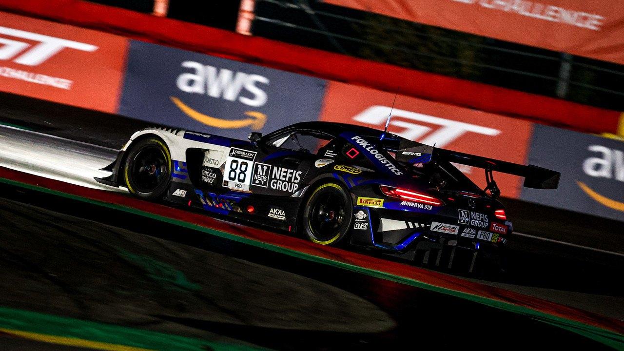 Los pilotos del Mercedes #88 lideran el GTWC Europe y la Endurance Cup tras Spa