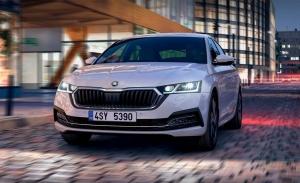 Skoda Octavia iV, precios y gama de la nueva berlina híbrida enchufable