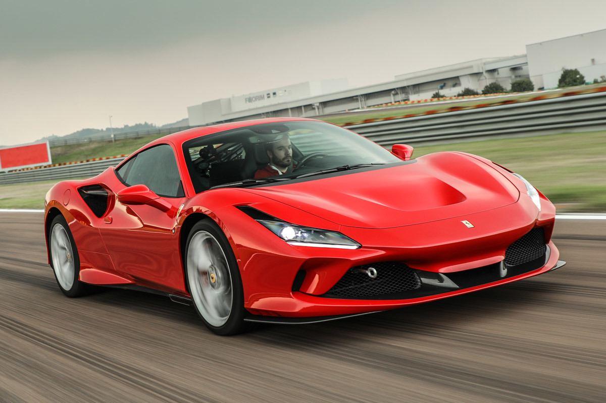 Ferrari logra batir al Tesla Model S en el cuarto de milla