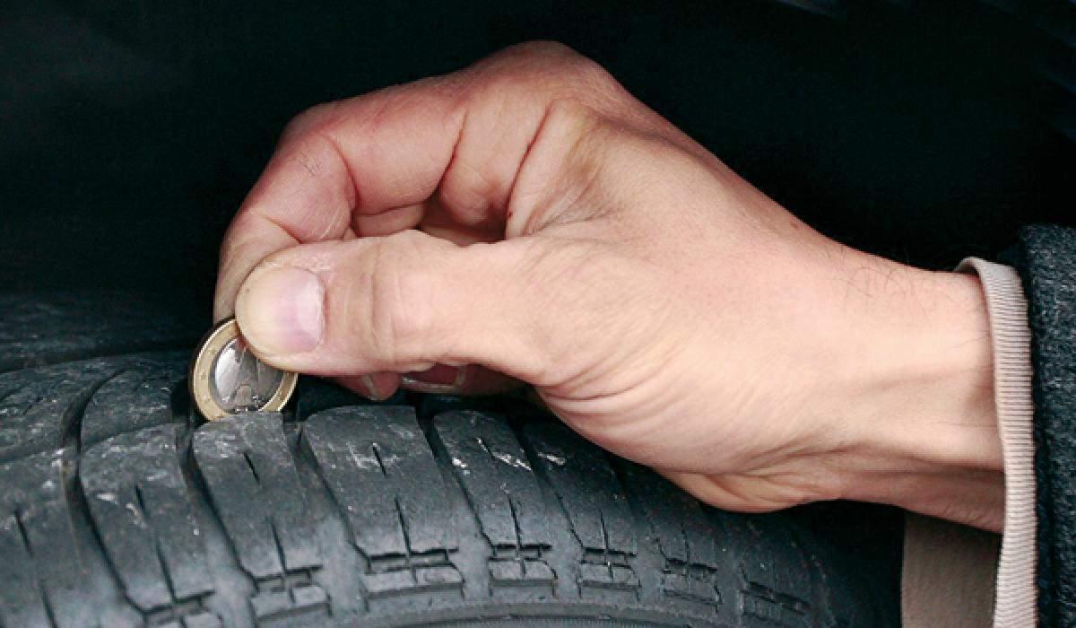 Cómo saber si debes cambiar neumáticos con el truco de la moneda