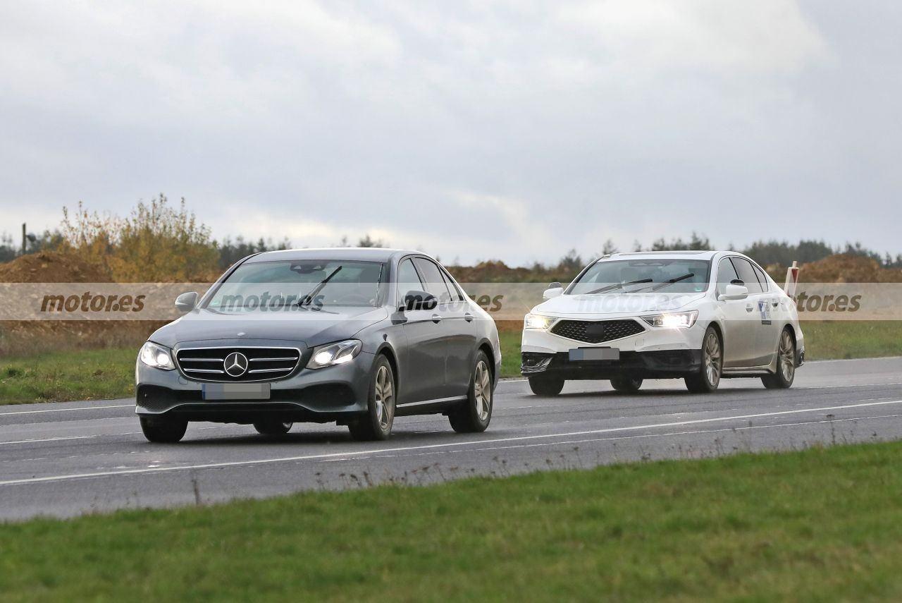 Cazado un prototipo autónomo del Honda Legend realizando pruebas en Europa
