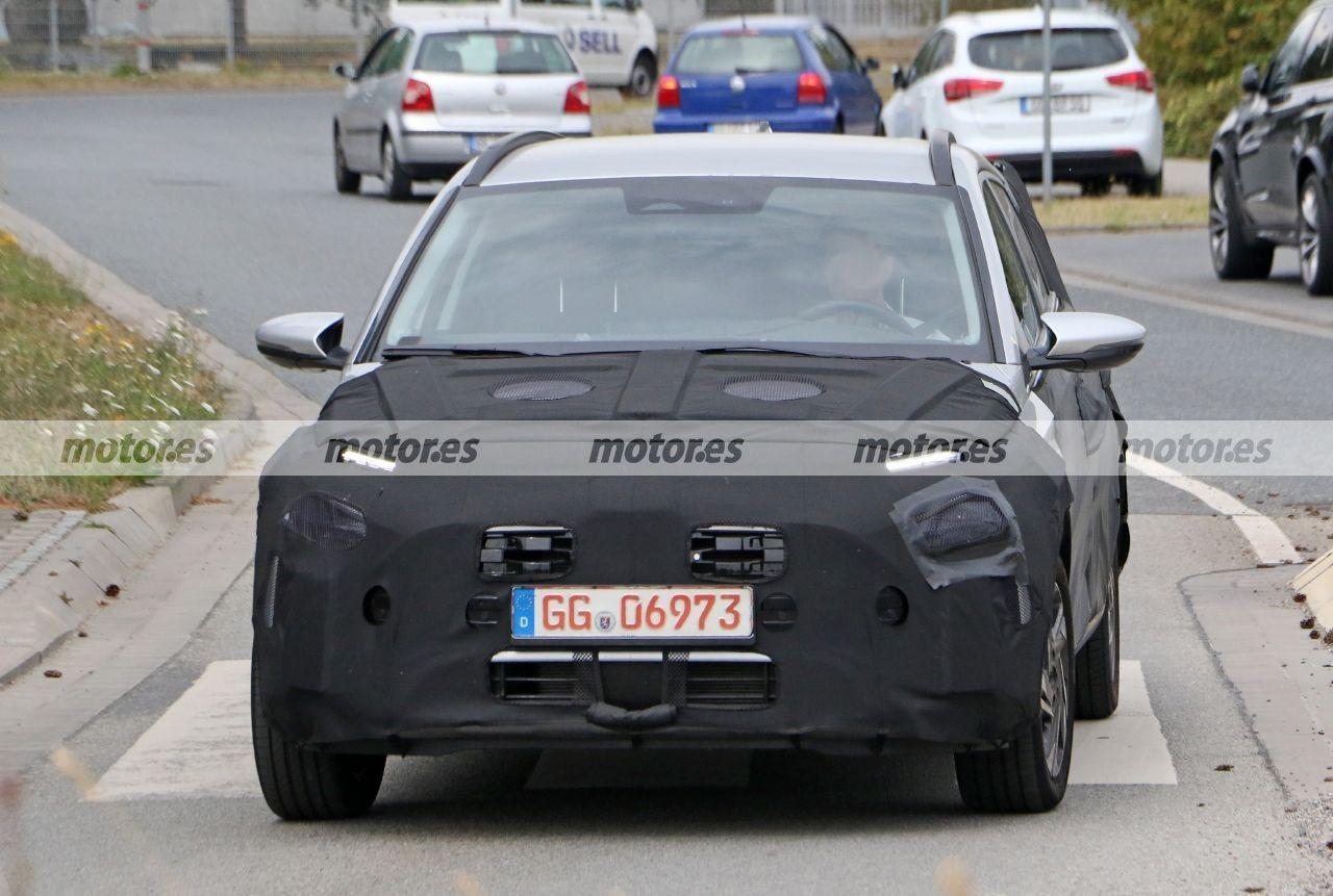 El nuevo Hyundai Bayon 2021, el nuevo B-SUV, reaparece en fotos espía