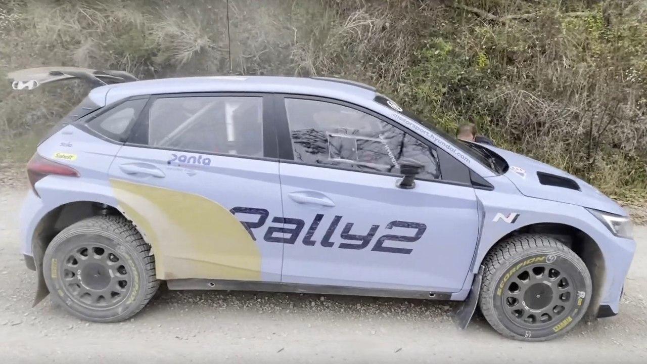 Jari Huttunen lleva a cabo el primer test del Hyundai i20 N Rally2