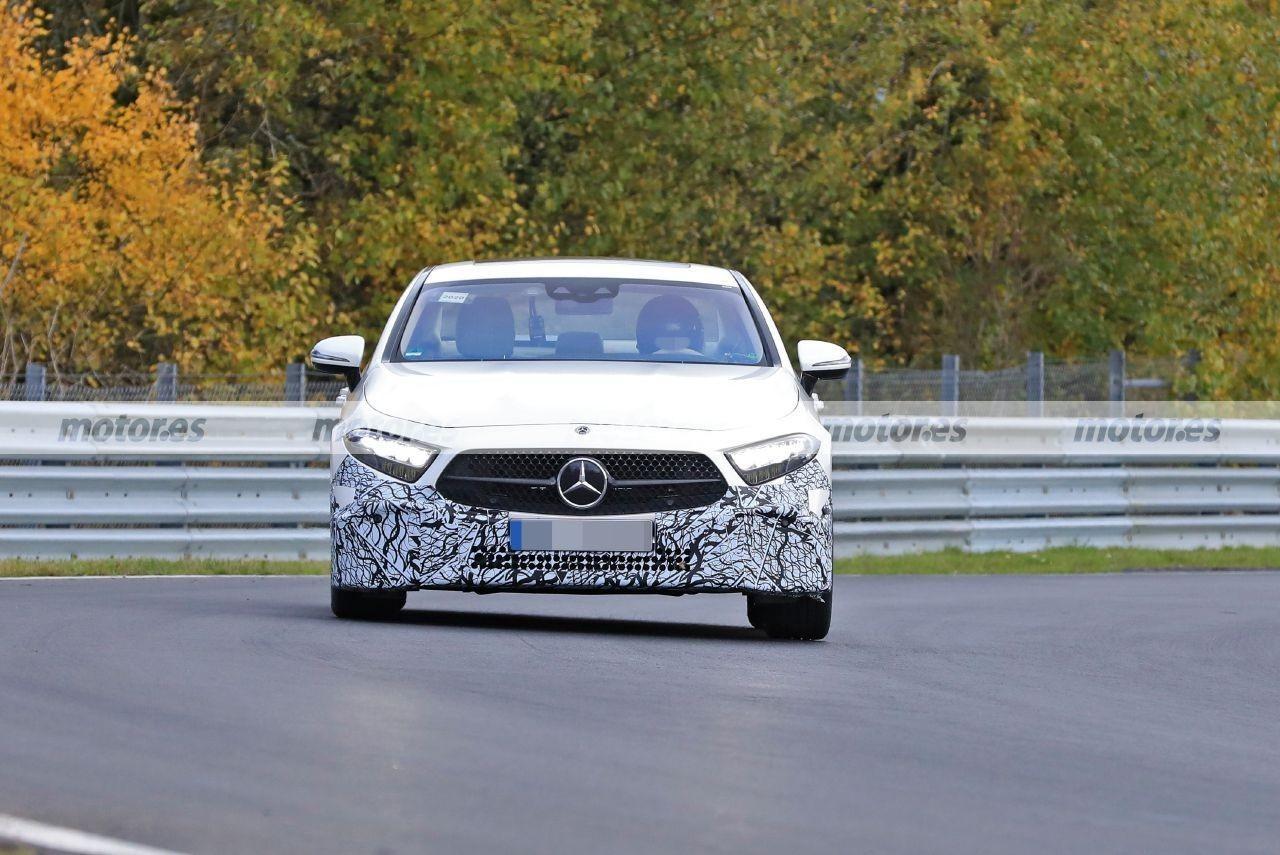 Nuevas fotos espía muestran al Mercedes CLS Facelift 2021 en Nürburgring