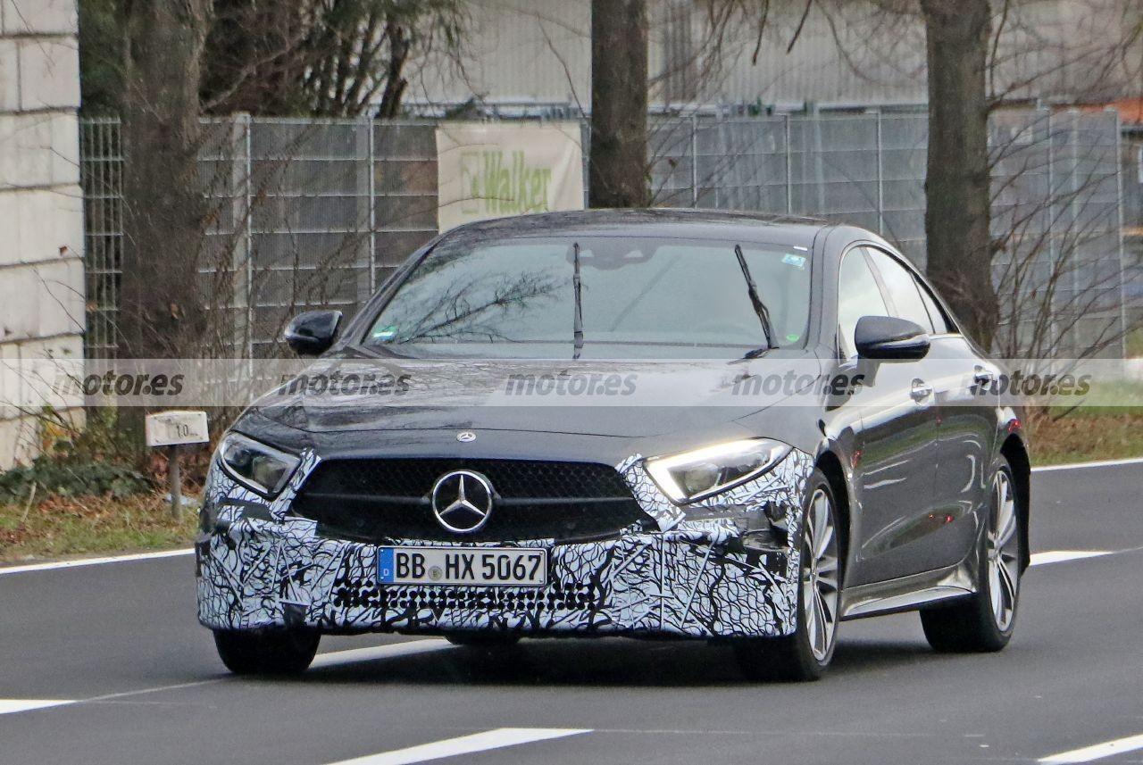 Nuevas fotos espía del Mercedes CLS 2021, cambios mínimos para la berlina deportiva