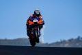 Miguel Oliveira brilla en casa y logra la pole de MotoGP en Portugal