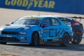 Yann Ehrlacher mantiene su ventaja al frente del WTCR en MotorLand