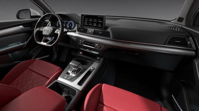 Audi SQ5 TDI 2021 - interior