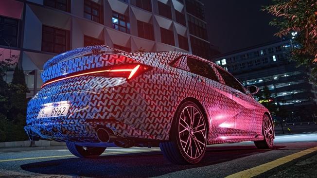 Hyundai Elantra N - posterior