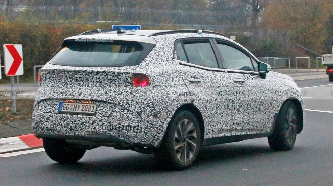 KIA Sportage 2022 - rear spy photo