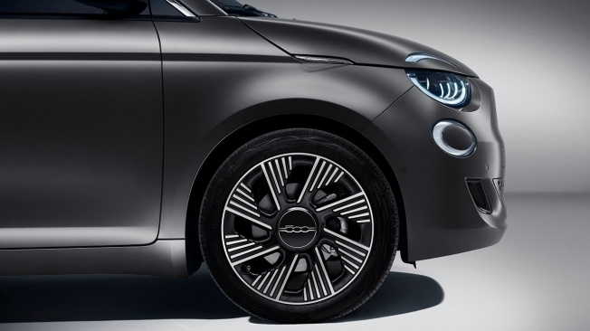 FIAT 500 Electric - diamond rims