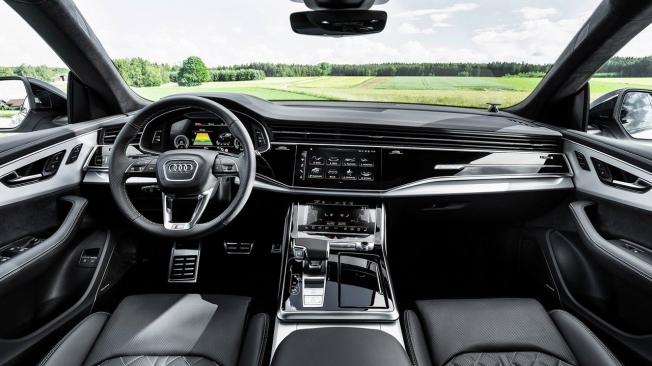 Audi Q8 60 TFSI e quattro - interior