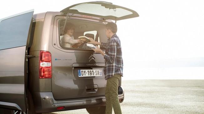Citroën ë-SpaceTourer - luneta practicable