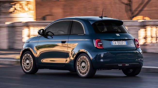 FIAT 500 Electric - rear