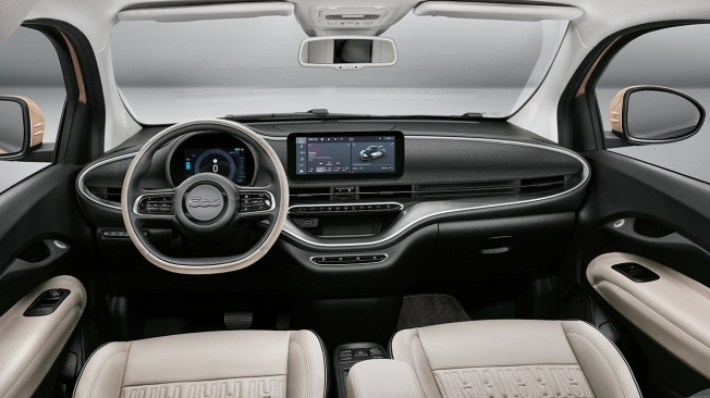 FIAT 500 Electric - interior