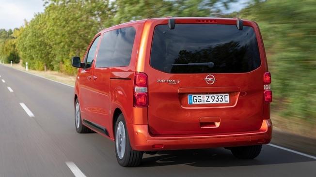 Opel Zafira-e Life - posterior