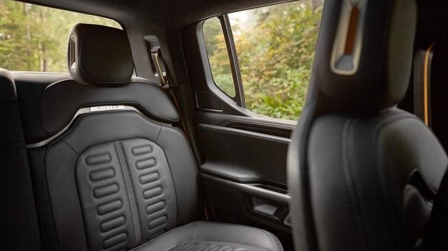 Rivian R1T - interior