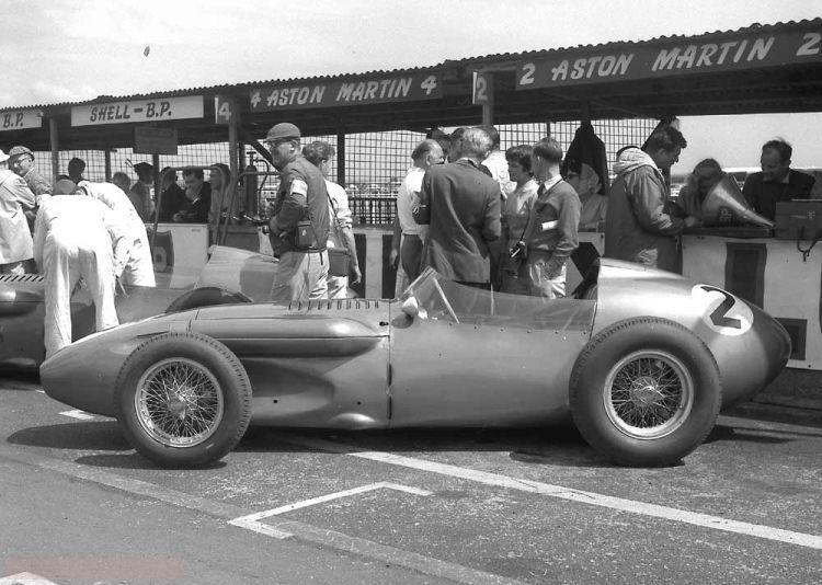 Aston Martin y la F1: del DP155 al DBR5